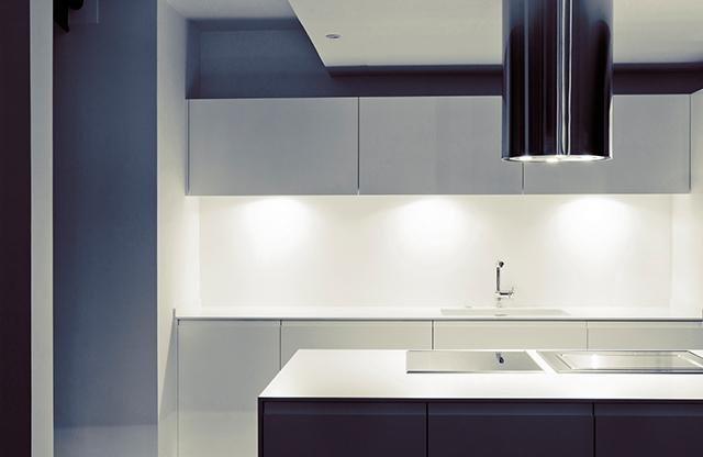 Zania_design_atico_cocinas_Barcelona_diagonal_mar_mobiliario_proyectos_thk_construcciones_18