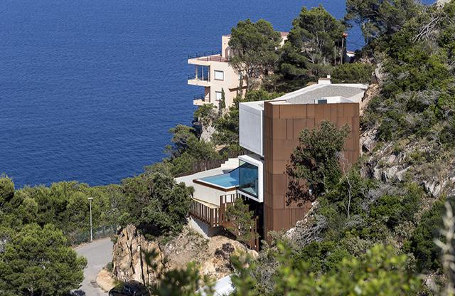 Zania_Design_cocinas_Begur_chalet_piscina