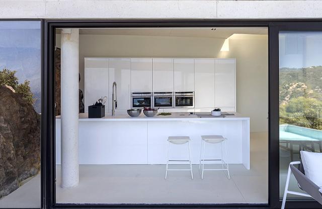 Zania_Design_cocinas_Begur_chalet_01