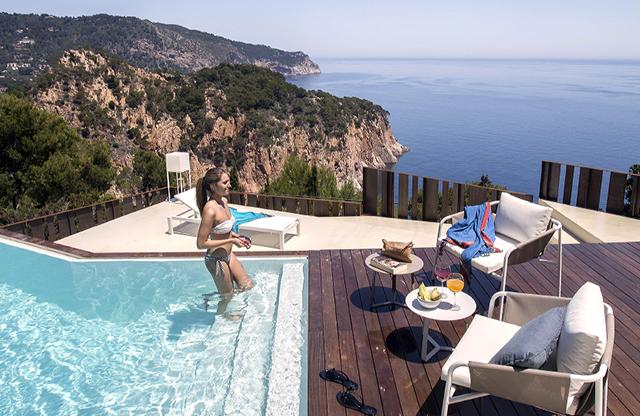 Zania_Design_cocinas_Begur_chalet_piscina_01
